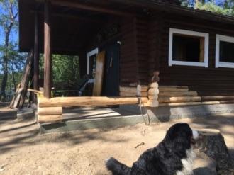Kuistin ja saunan nurkan korjaus