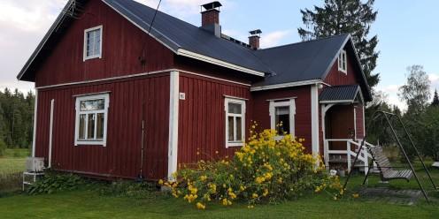 Yli sata vuotta vanha rakennus on kunnostettavana emännän 100-vuotisjuhlia varten