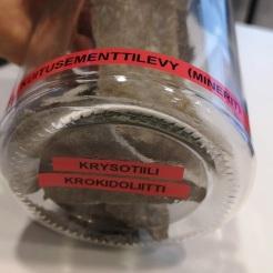 Asbestien pahis krokidoliitti Minerit-levyssä